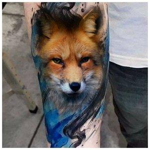 Реалистичная тату лисы в синем цвете