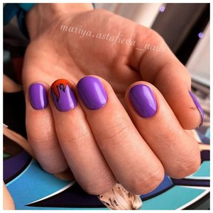 Фиолетовый маникюр с дизайном огонь
