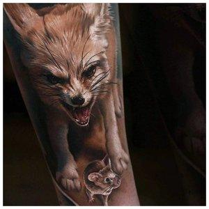 Реалистичная тату маленькой лисы