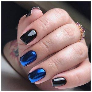 Хромированный сине-черный маникюр