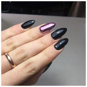 Длинные черные ногти с дизайном