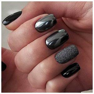 Металлические черные ногти
