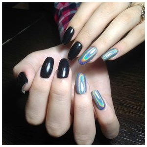 Черные голографические ногти