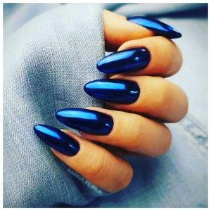 Синие хромированные ногти