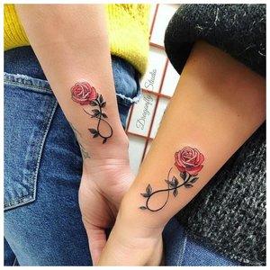 Парные татуировки для подружек