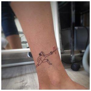 Милая татуировка на лодыжке
