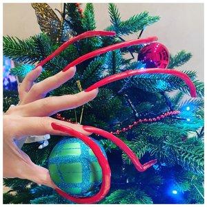 Елена Шиленкова ногти