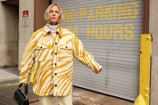 Модная куртка-рубашка с принтом