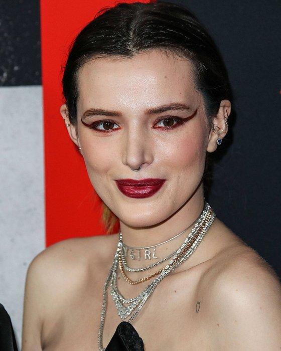 Ужасный макияж знаменитостей