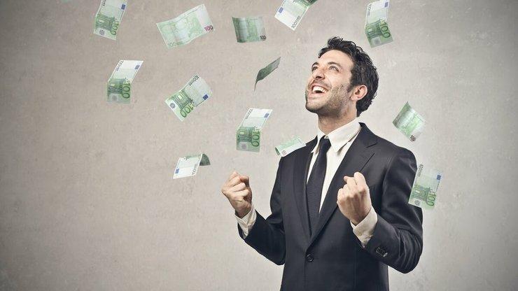 Как решить финансовые трудности гадание на рунах