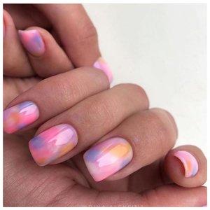 Нежные розовые ногти