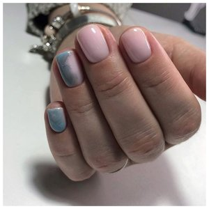 Серо-розовые ногти