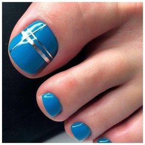 Красивые ногти на ногах с дизайном