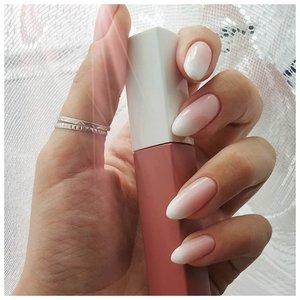 Нежный дизайн омбре на ногтях
