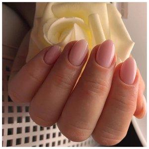 Нежные ногти на весну