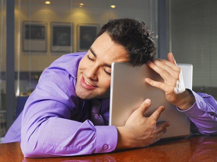 Напишет парень или нет - гадание онлайн