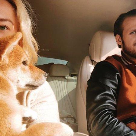 Телегин в машине с Марией