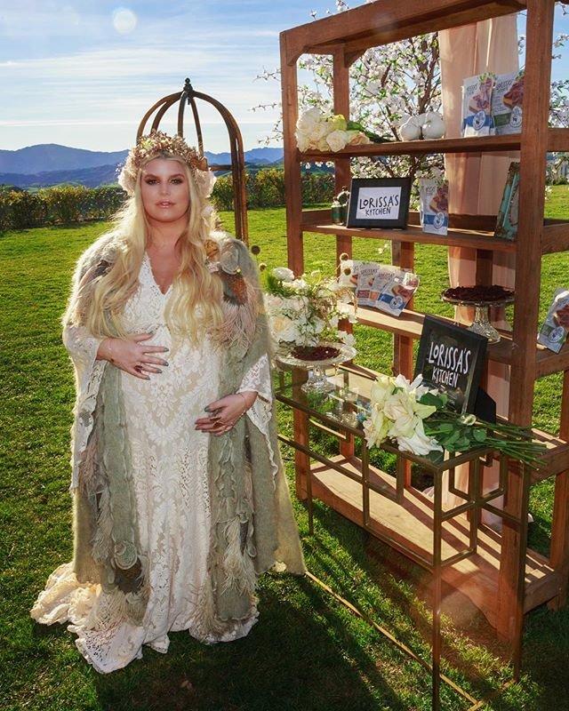 Джессика Симпсон во время третьей беременности сильно поправилась фото