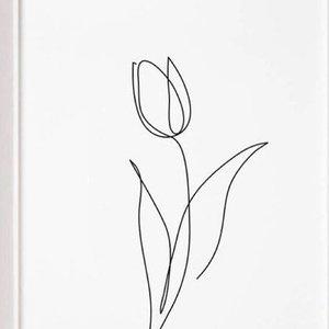 Эскиз тату тюльпан