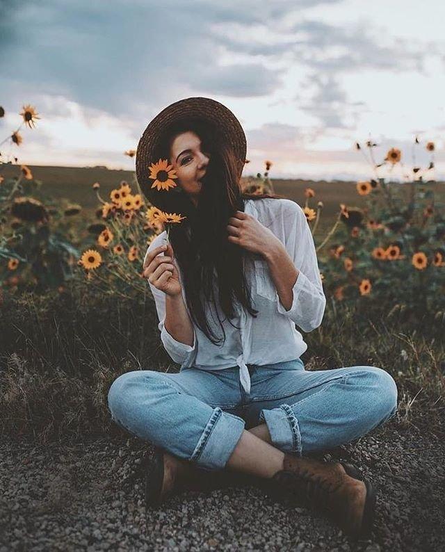 Фото в цветочном поле