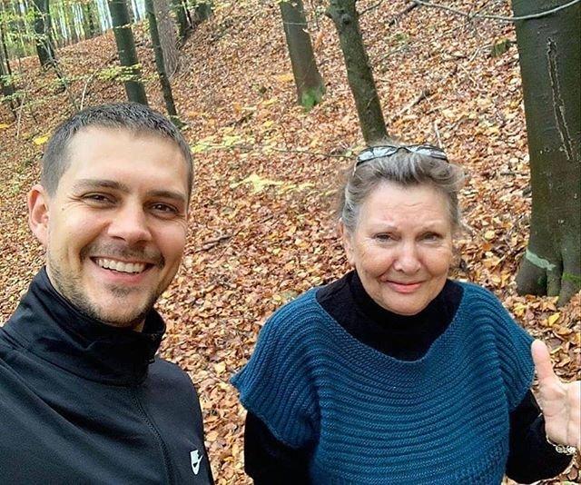 Милош Бикович с мамой