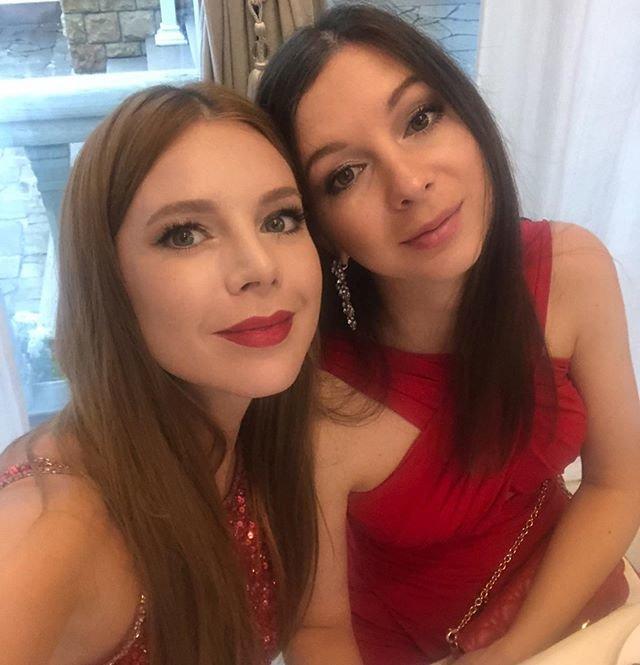 Наталья Подольская с сестрой фото