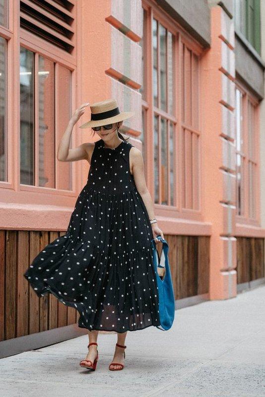 Свободное платье в горох