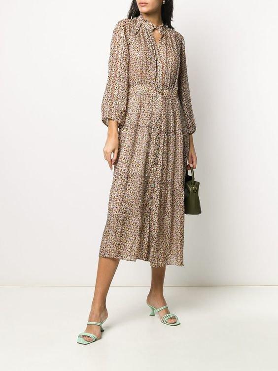 Модное платье с рюшами