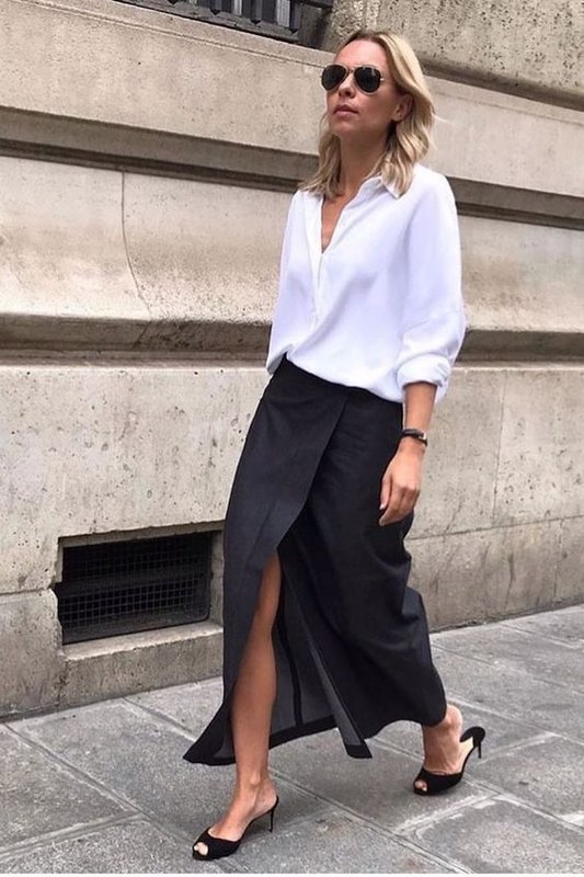 Белая рубашка и юбка