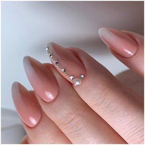Вертикальное омбре на ногтях