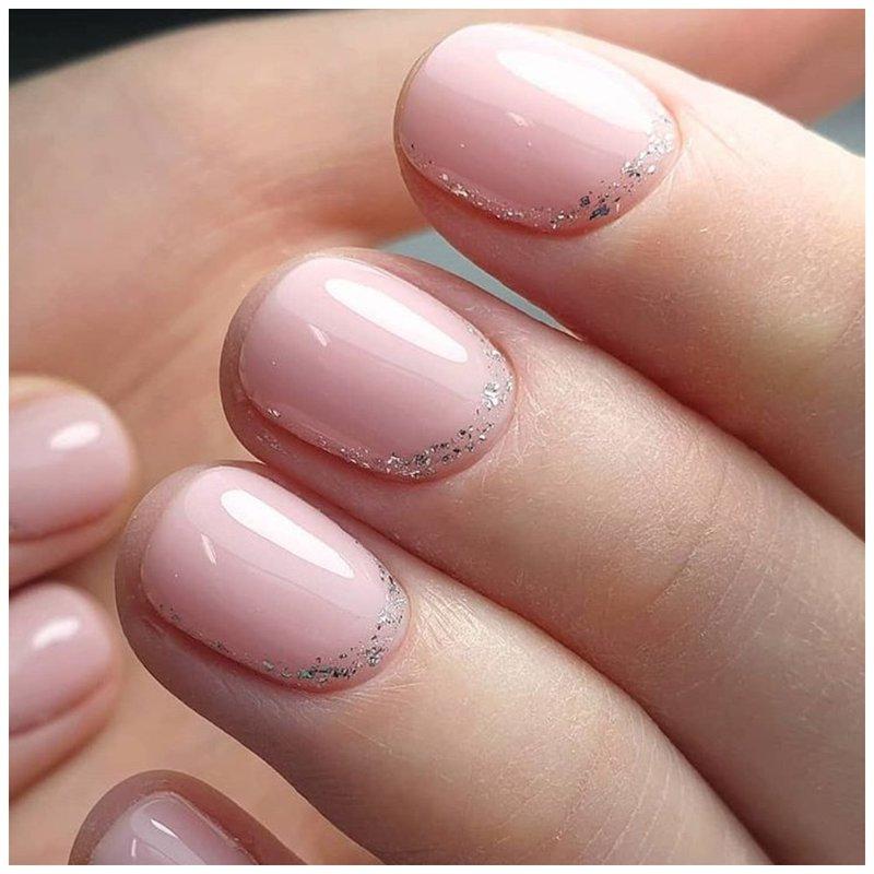Элегантные ногти с блестками