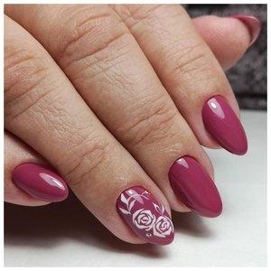 Красно-коричневые ногти