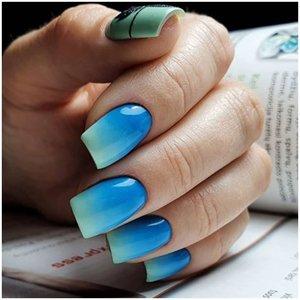 Сине-зеленые ногти