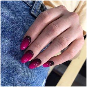 Темные ногти с градиентом фото