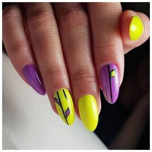 Яркие желто-фиолетовые летние ногти