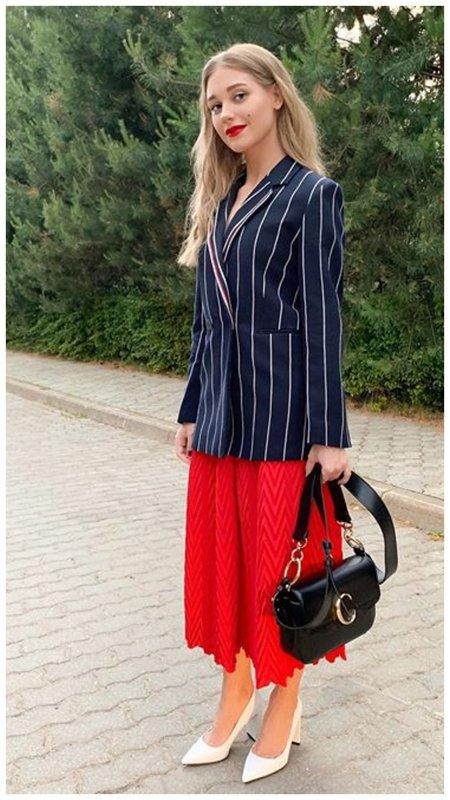 Кристина Асмус в стильном образе