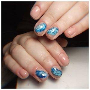 Море на ногтях