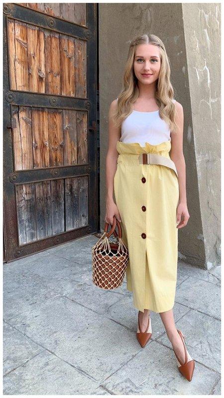 Кристина Асмус в легком летнем наряде