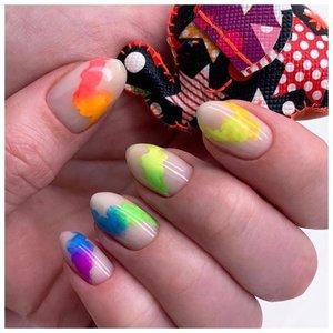 Очень необычный дизайн на ногтях