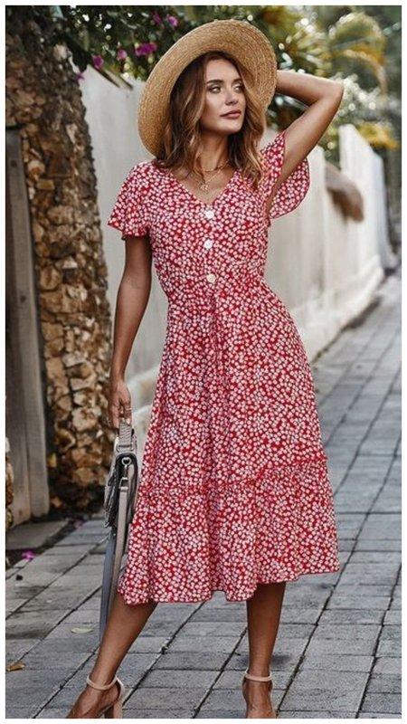 Модное летнее платье с цветами