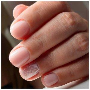 Очень нежный маникюр на короткие ногти