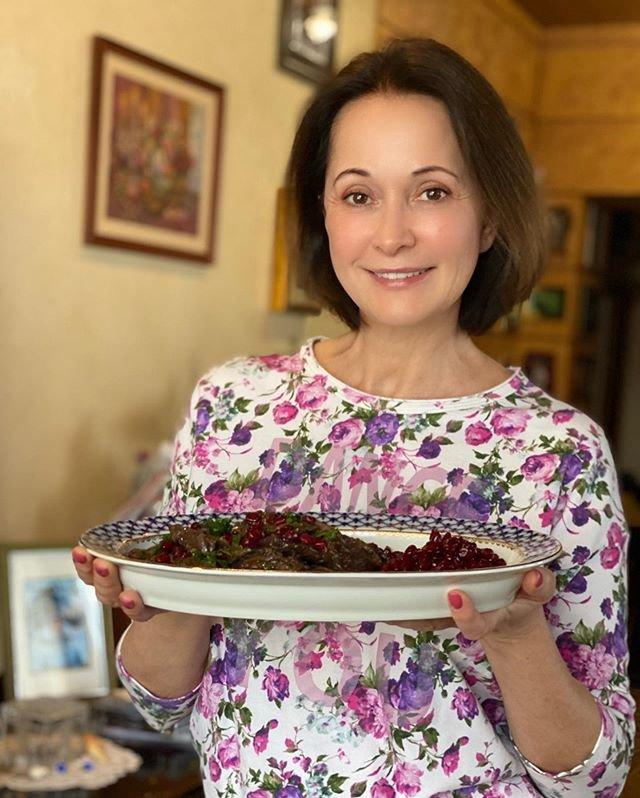 Ольга Кабо печет пироги