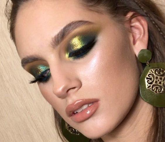 Красивый вечерний макияж для зеленых глаз
