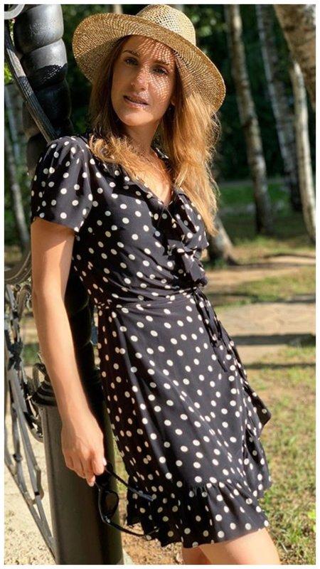 Юлия Ковальчук в летнем платье