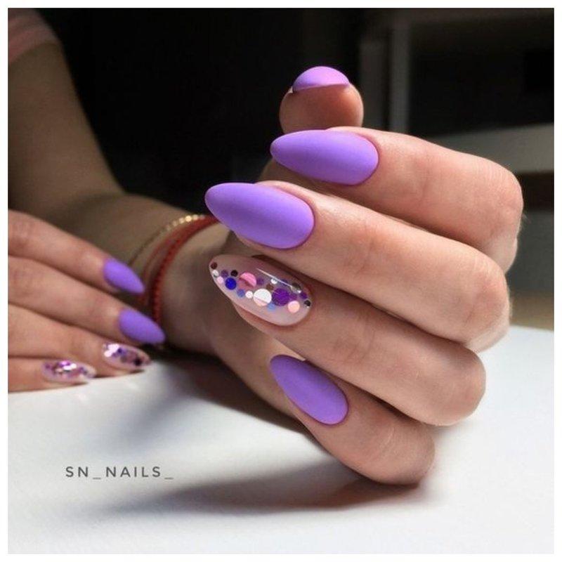 Фиолетовые ногти