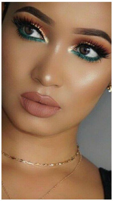 Восточный макияж с зеленым карандашом