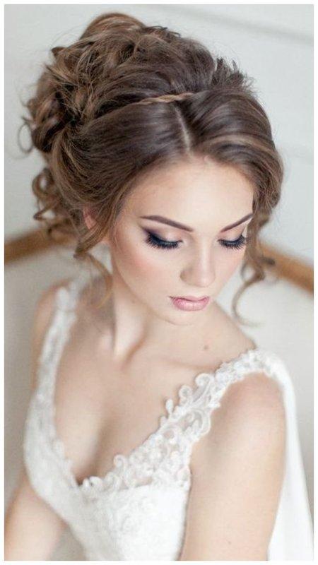Красивая невеста: прическа и макияж