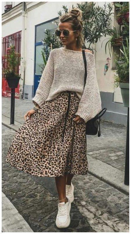 Как носить леопардовую юбку