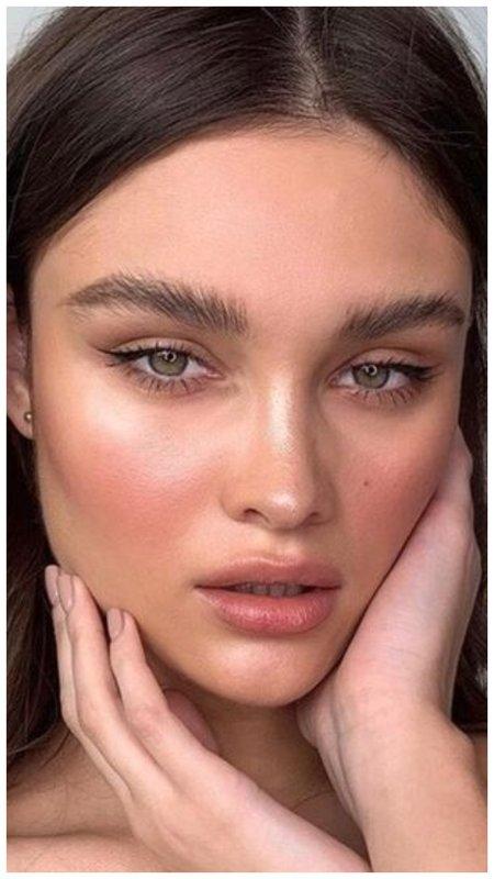 Нежный макияж для девушки