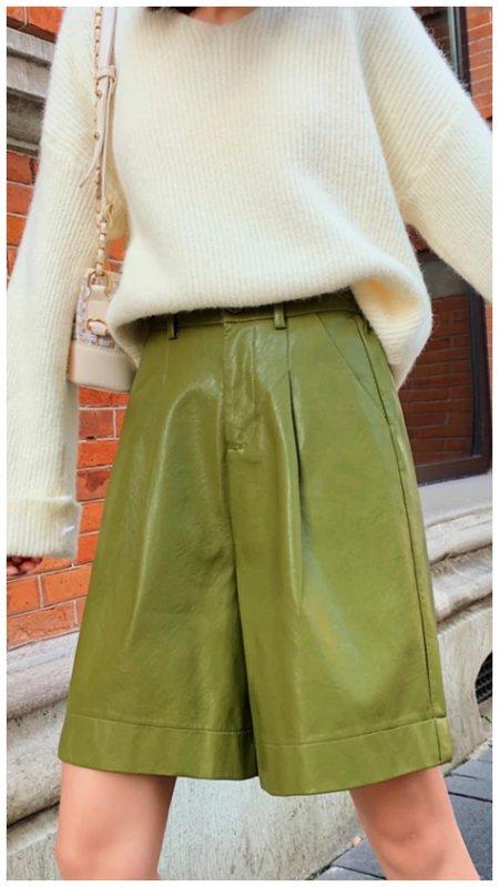 Кожаные шорты-бермды